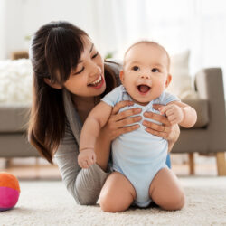 Happy mother and baby | Satisfied Arizona Reproductive Medicine Specialists Patient